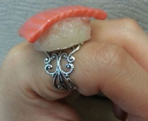 Salmon Nigiri Ring 02